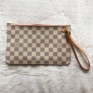 *NEW* Louis Vuitton Damier Azur Wristlet